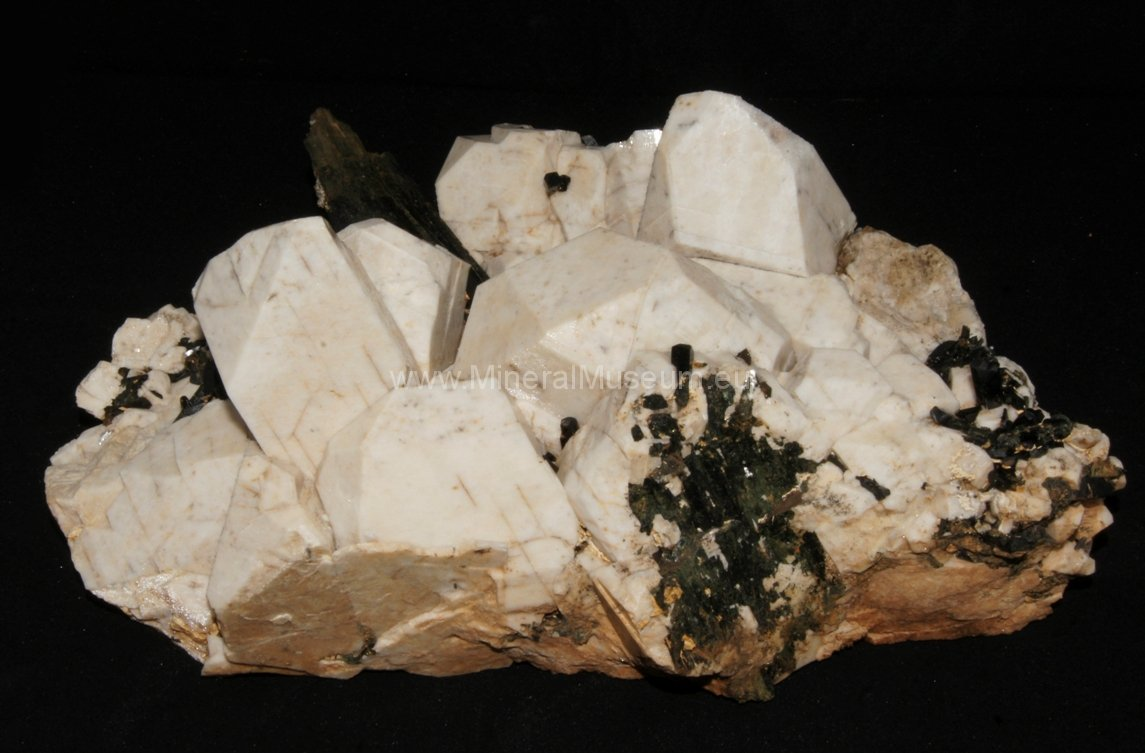 orthoclase aegirine Mt Malosa, Zomba District, Malawi .JPG